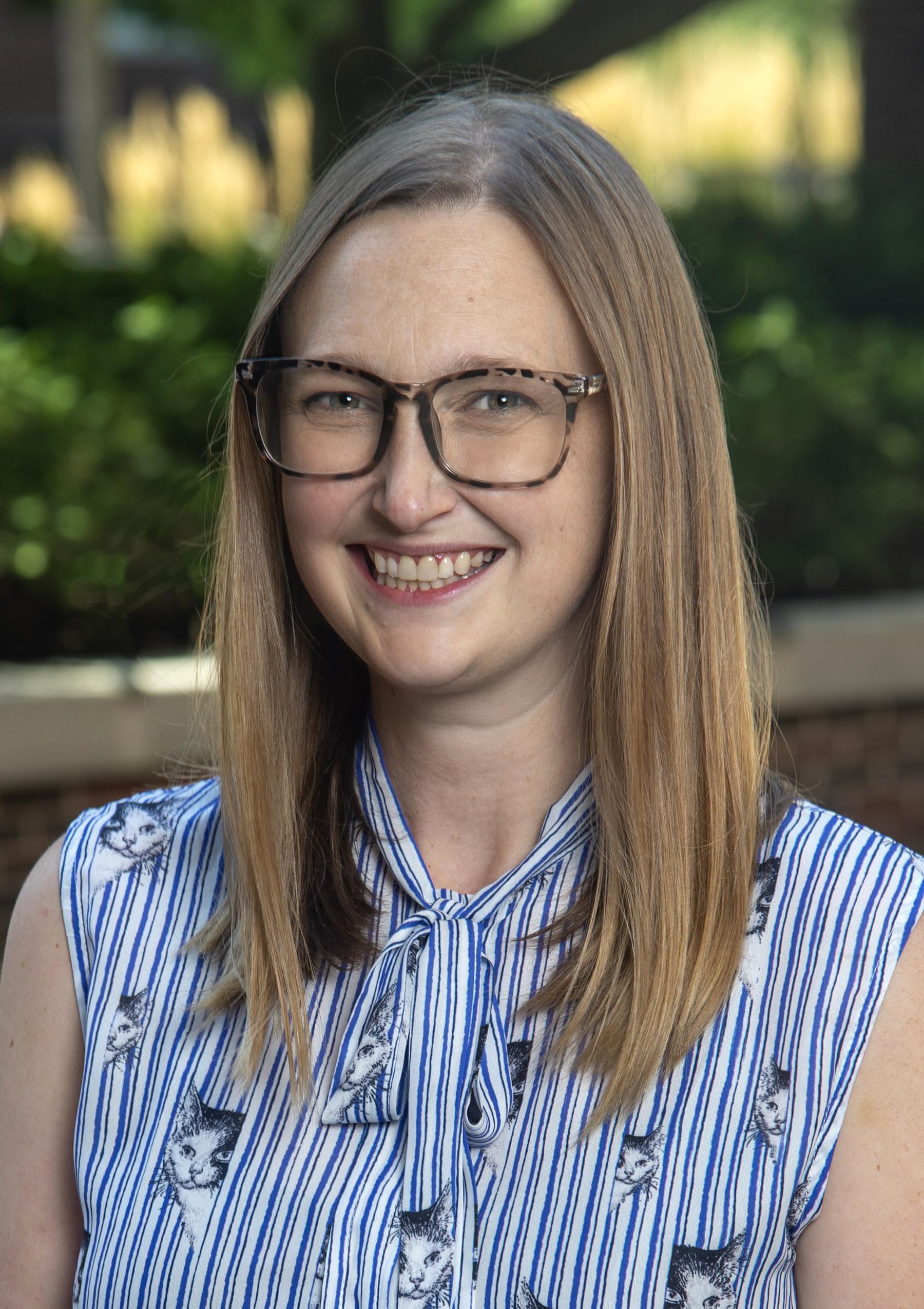 Dr. Stephanie Olson